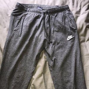Men's Large slim fit Nike joggers